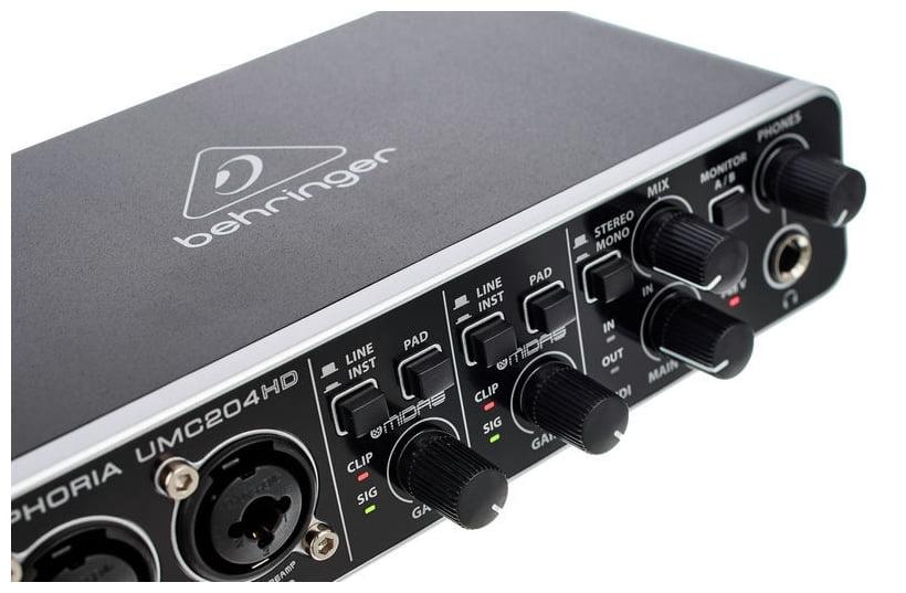Interfata audio/MIDI 2x4 USB Behringer UMC204HD