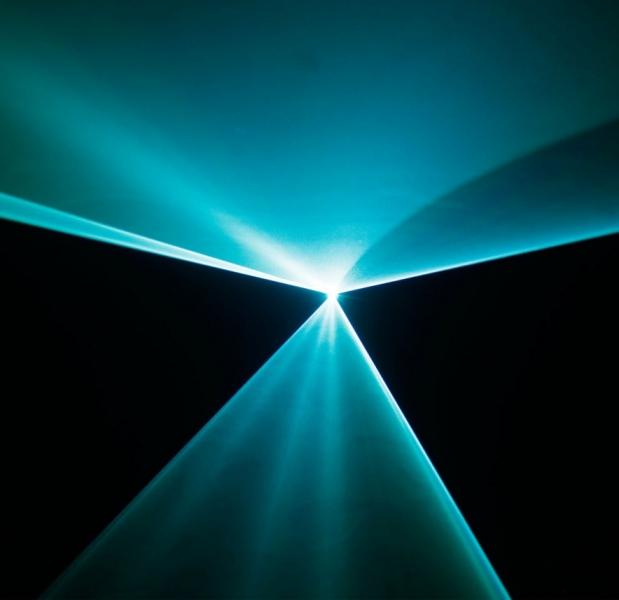 Efect de lumini laser Cameo LUKE 700 RGB