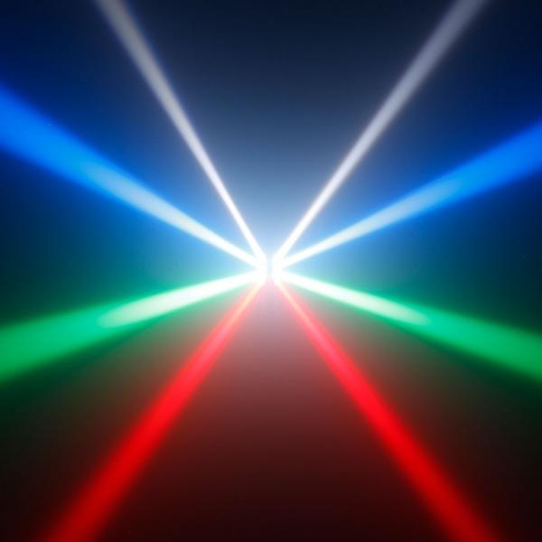 Efect de lumini de tip chase Cameo OctaFly XS