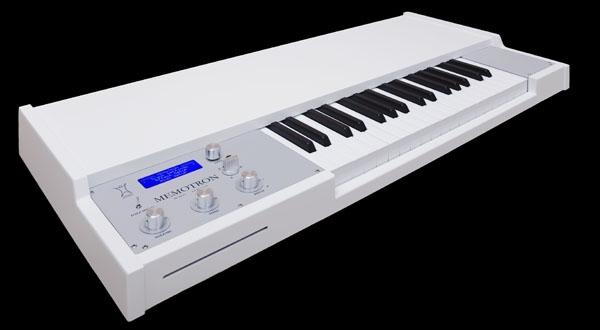 Manikin Electronic Memotron White