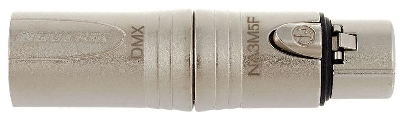 Adaptor de la XLR mama cu 5 pini la XLR tata cu 3 pini Neutrik NA3M5F