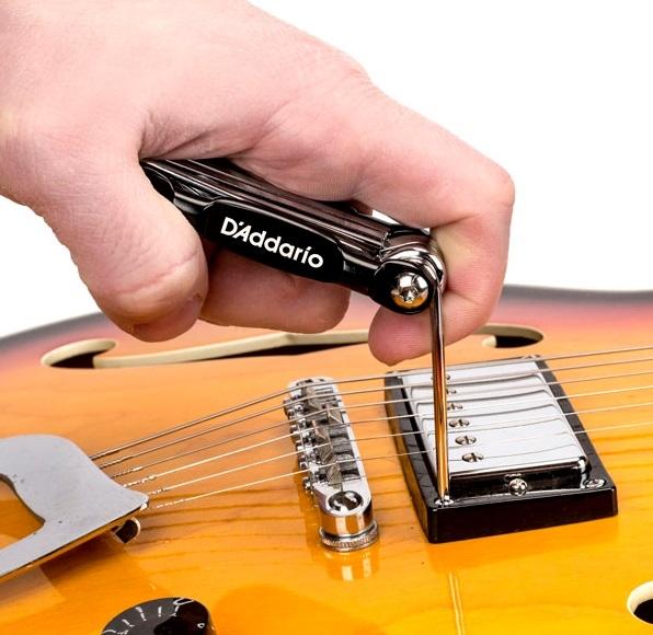 Multi-tool chitara/bass