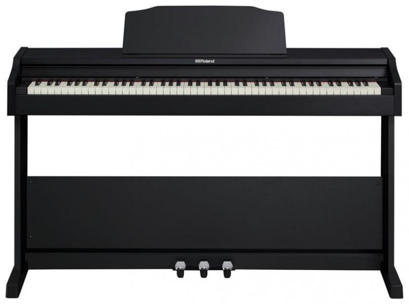 Pian digital cu claviatura cu 88 de clape Roland RP102 BK