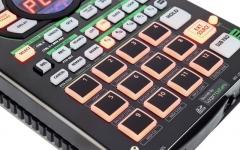Sampler 16-bit cu sequencer integrat Roland SP-404A