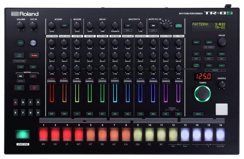 Groove Box / Rhythm Performer Roland TR-8S