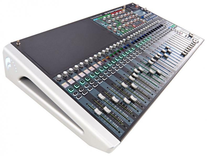 Mixer digital cu control DMX 512 Soundcraft Si Performer 3