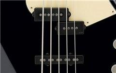Chitara bass electric activ cu 5 corzi Yamaha BB735 ATMBL
