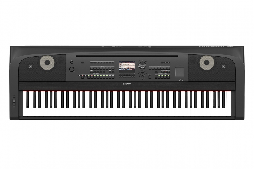 Yamaha DGX-670 Black